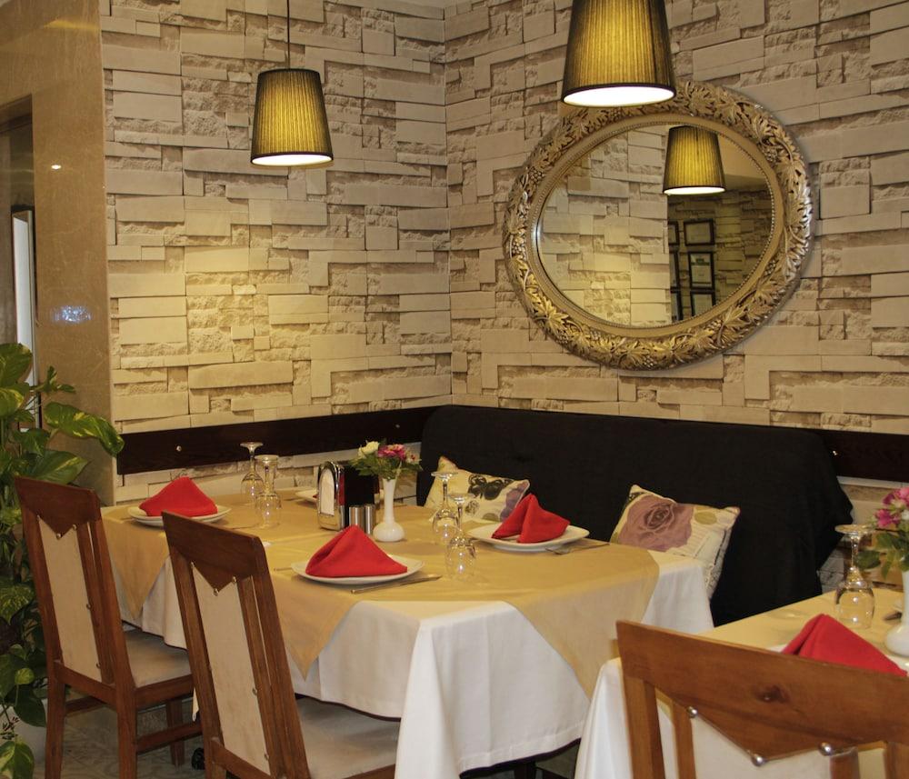 레이몬드 호텔 - 부티크 클래스(Raymond Hotel) Hotel Image 28 - Restaurant