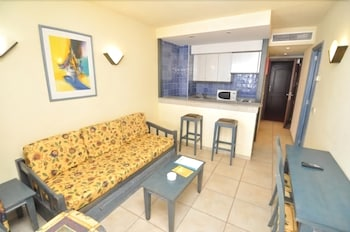 아파르타멘토스 센트럴 파크(Apartamentos Central Park) Hotel Image 10 - Living Area