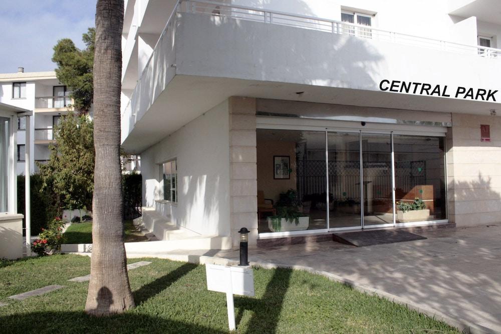 아파르타멘토스 센트럴 파크(Apartamentos Central Park) Hotel Image 26 - Hotel Entrance