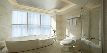 Sun Flower Hotel and Residence - Bathroom  - #0