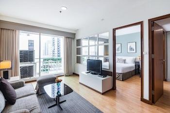 One Bedroom Suite - Pool View