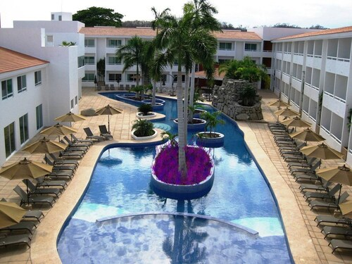 La Isla Huatulco Hotel & Beach Club, Dist. Pochutla