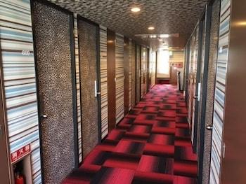 GREEN HILL HOTEL URBAN Hallway