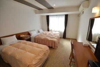 GREEN HILL HOTEL URBAN Room