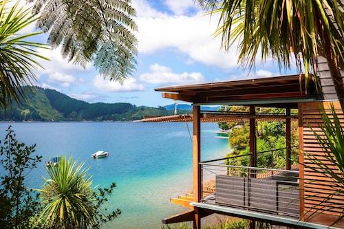 . Bay of Many Coves Resort