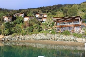 Hotel - Bay of Many Coves Resort