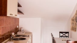Two Bedroom Apartment For 4 People |attic