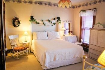 Miss Alicia's Room