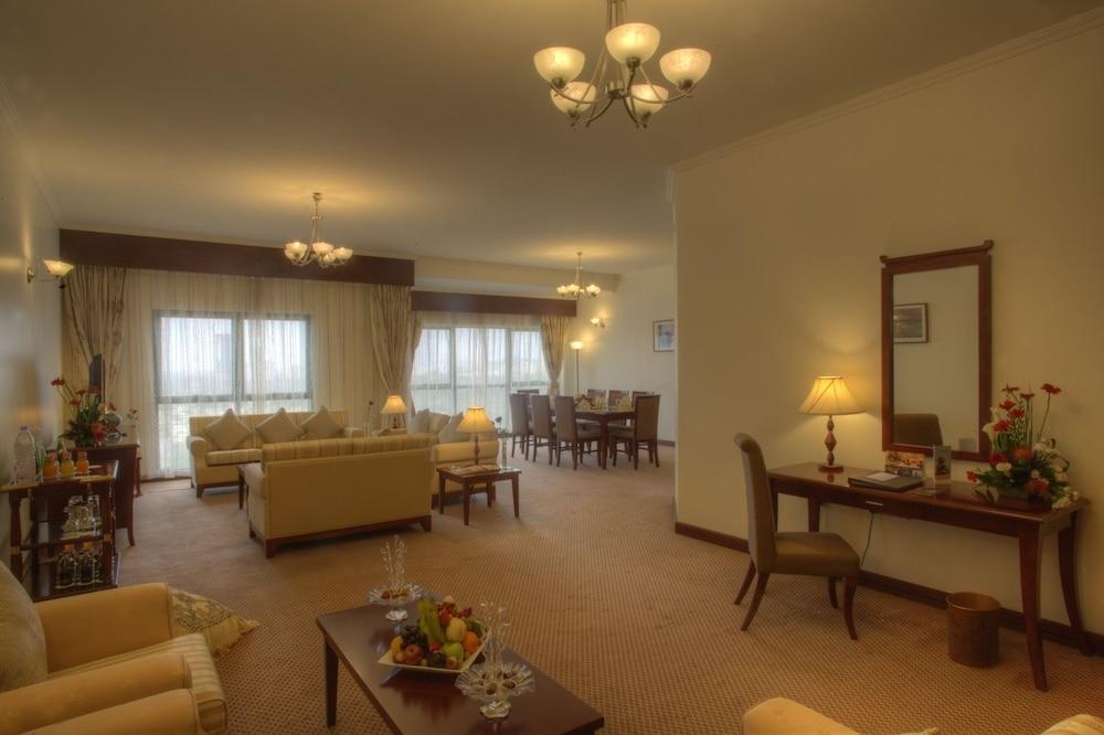 시지 호텔 아파트먼트(Siji Hotel Apartment) Hotel Image 16 - Living Room
