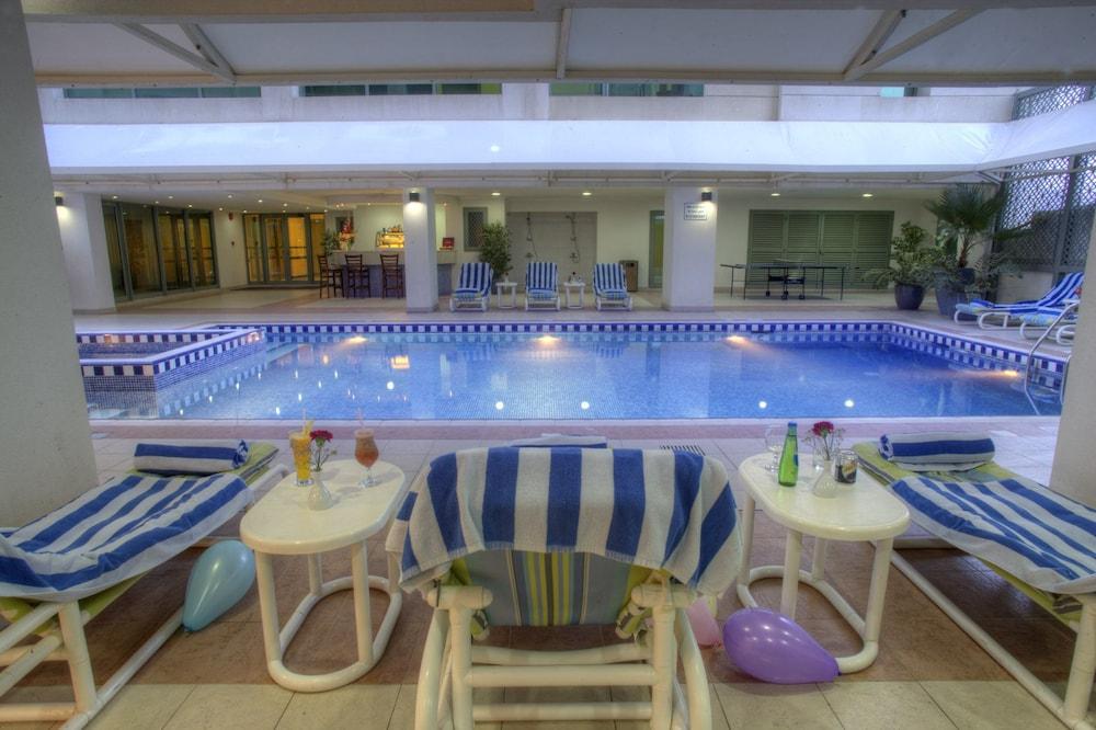 시지 호텔 아파트먼트(Siji Hotel Apartment) Hotel Image 17 - Outdoor Pool