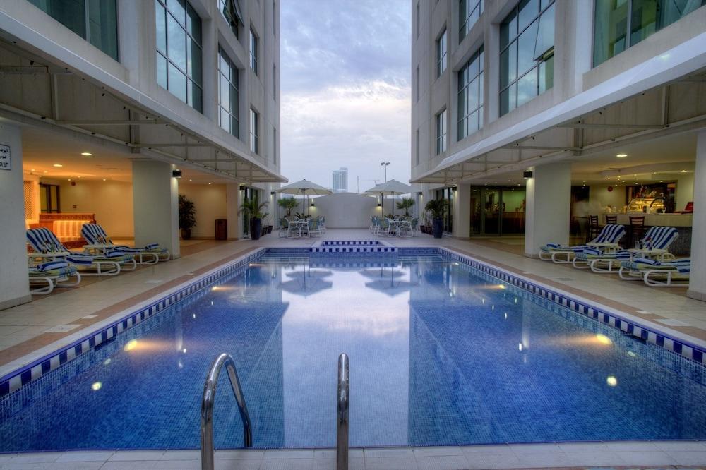 시지 호텔 아파트먼트(Siji Hotel Apartment) Hotel Image 18 - Outdoor Pool