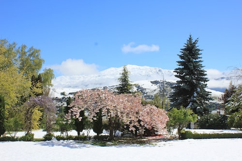 The Turret Bed & Breakfast, Queenstown-Lakes