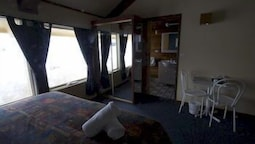 2 Share Chalet Room