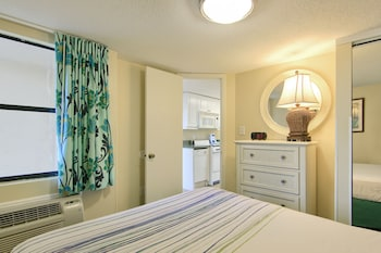 Guestroom at Peppertree by the Sea in North Myrtle Beach