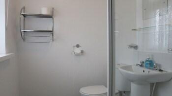 The Waverley - Bathroom  - #0
