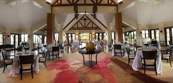 Crimson Resort and Spa Mactan Banquet Hall
