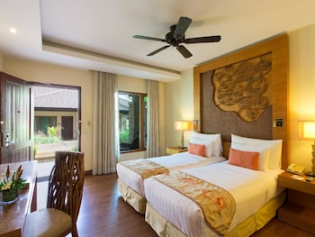 Crimson Resort and Spa Mactan Guestroom