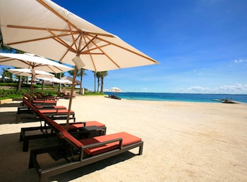 Crimson Resort and Spa Mactan Beach