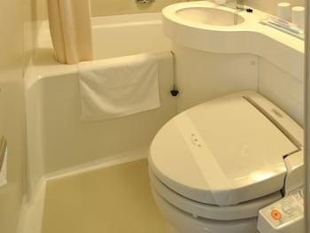 Kyoto Horikawa Inn - Bathroom Amenities  - #0