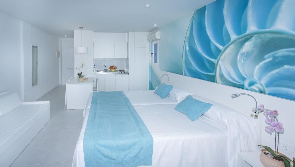 호텔 아파르타멘토 마리나 플라야 - 어른 전용(Hotel Apartamentos Marina Playa - Adults Only) Hotel Image 12 - Guestroom