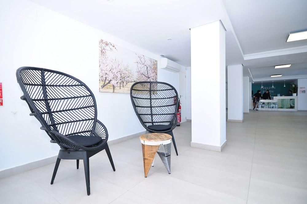 호텔 아파르타멘토 마리나 플라야 - 어른 전용(Hotel Apartamentos Marina Playa - Adults Only) Hotel Image 5 - Lobby Sitting Area