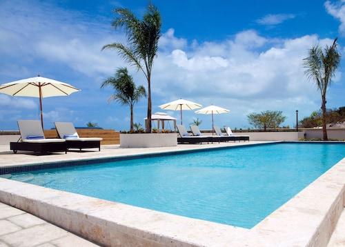 La Vista Azul Resort,