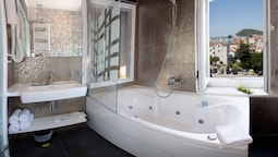 Deluxe Double Or Twin Room, Jetted Tub, Sea View (annex)