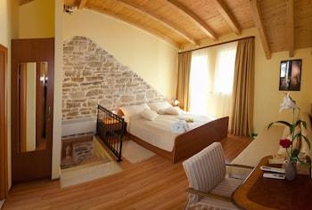 Romantic Tek Büyük Yataklı Oda