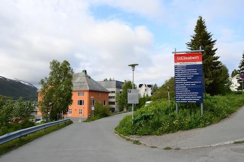 Enter St.Elisabeth Hotel, Tromsø