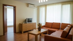 Apartment, 1 Bedroom (free Wifi & Parking)