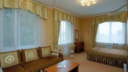 Luxury Suite, 1 Bedroom, Courtyard View