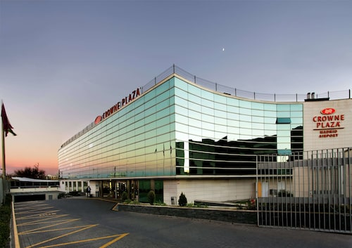 Crowne Plaza Madrid Airport, Madrid