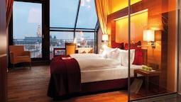 Deluxe Double Room, Balcony, City View