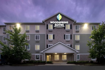 拉列埃佩克斯伍德斯普林套房飯店 WoodSpring Suites Raleigh Apex