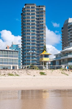 太陽鳥海灘度假飯店