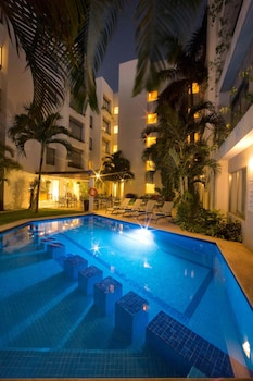 Ambiance Suites Cancun