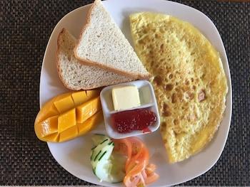 Mermaid Resort Puerto Galera Breakfast Meal