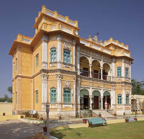 WelcomHeritage Koolwal Kothi, Jhunjhunun