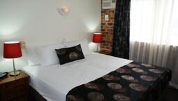 Executive Apart Daire, 3 Yatak Odası, 2 Banyolu, Bahçe Manzaralı