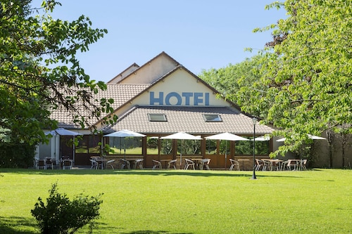 . Comfort Hotel Pithiviers
