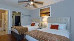 Standard Room, 2 Double Beds, Kitchenette, Mountainside
