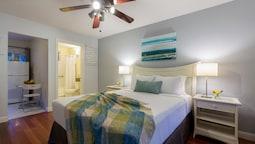 Standard Room, 1 Queen Bed, Kitchenette, Mountainside