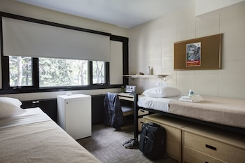 Traditional Dormitory Room Double, Shared Bathroom