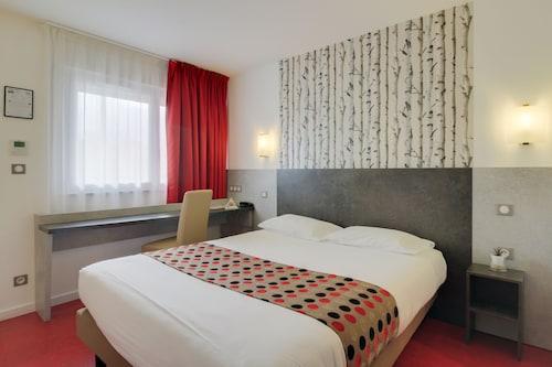 . Brit Hotel Hermes