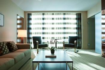 Executive Suite, 1 Bedroom, Non Smoking, Bay View