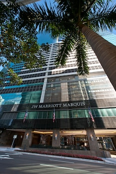 JW Marriott Marquis Miami photo