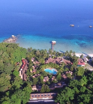 Sari Pacifica Resort & Spa Tengah Island