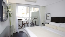 Suite, 1 King Bed, Balcony