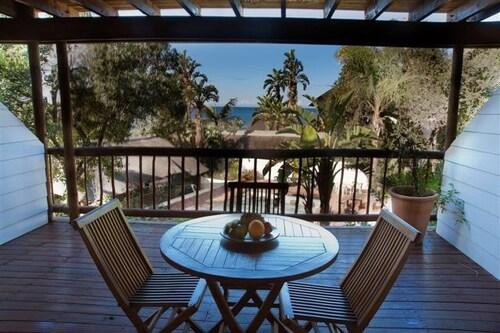 Crawfords Beach Lodge & Cabins, Amathole