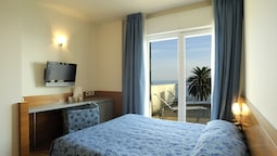 Triple Room, Balcony, Sea View